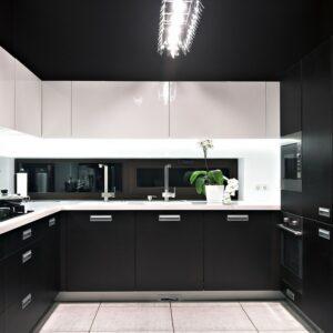 Черная кухня Луис